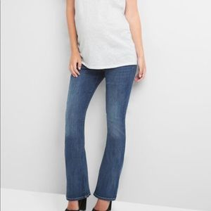 Gap maternity modern boot cut jeans MED